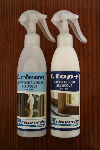 Usa T.Top Renner per pulire insieme legno e vetro