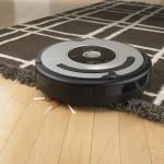 iRobot Roomba: l'aspirapolvere ti pulisce casa